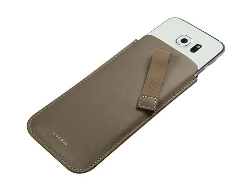Samsung Galaxy S6 pouch with pull-up strap