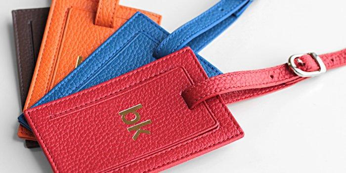 ce8c238f6 Este es uno de los cinturones principales de la colección de cinturones de  Lucrin: el exquisito cinturón de cuero reversible para hombres y mu...  Cargando.