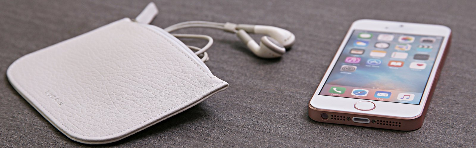 Earphone Pouch