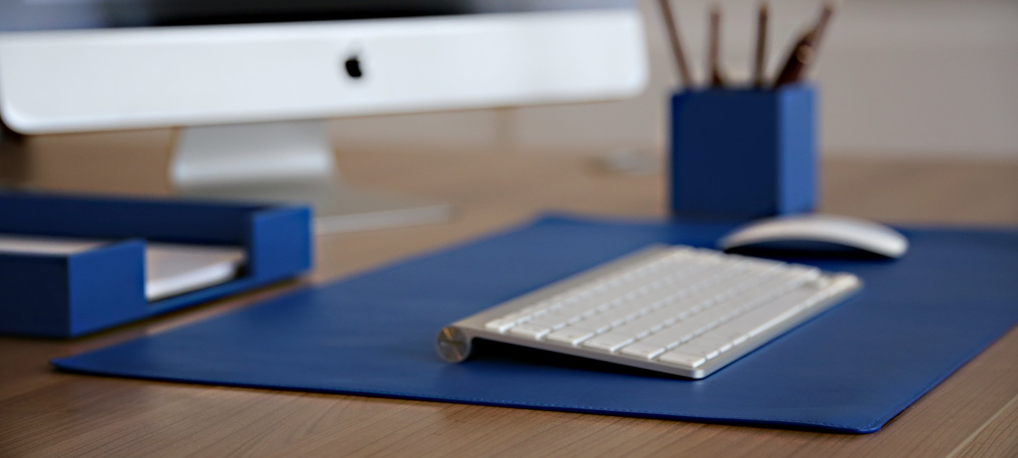 Attractive Soft Leather Desk Pad HM37