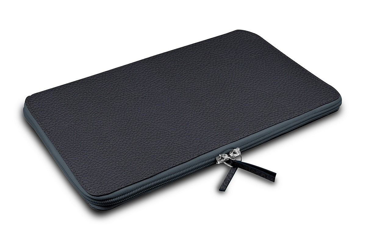 Calfskin zip-up laptop bag for MacBook Air 13 inch