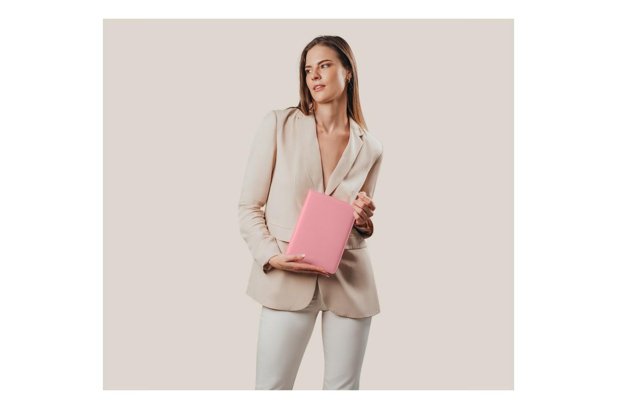 A5 portfolio with zipper