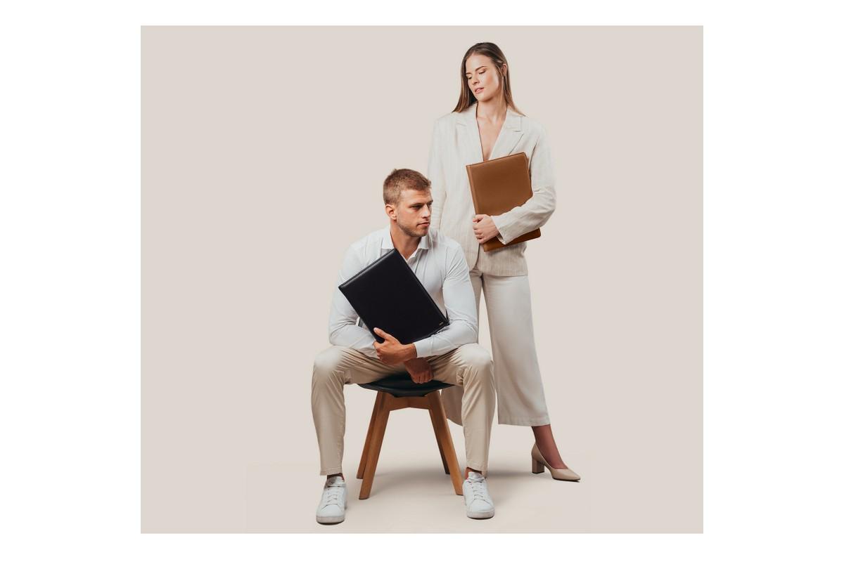 Zip-Up A4 Document Holder