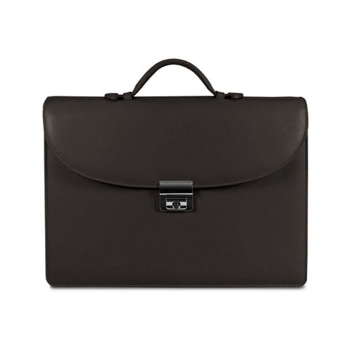 Briefcase with 3 gussets
