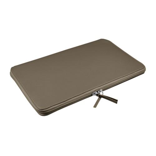 Funda de portátil con cremallera MacBook Air - 11 pulgadas - Marrón topo - Piel Liso