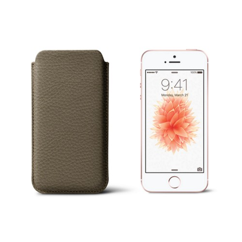 Classic iPhone SE/5/5s sleeve - Dark Taupe - Granulated Leather