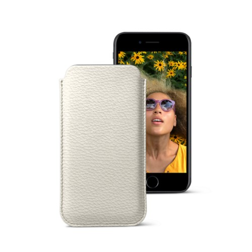 Classic case for iPhone 7 - Off-White - Granulated Leather