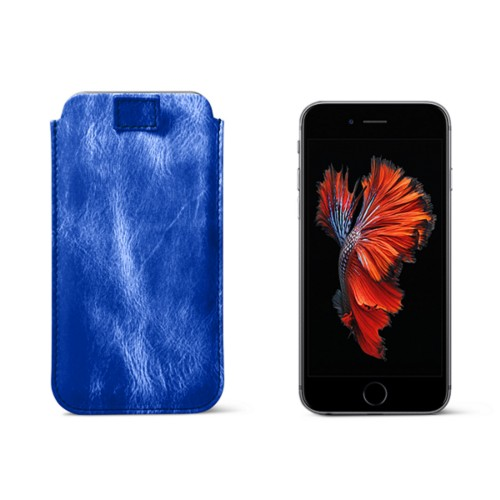 iPhone 6 Plus/6S Plus case with pull-up strap - Royal Blue - Metallic Leather