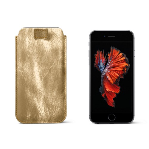 iPhone 6 Plus/6S Plus case with pull-up strap - Golden - Metallic Leather