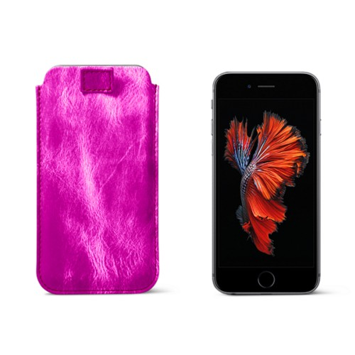 iPhone 6 Plus/6S Plus case with pull-up strap - Fuchsia  - Metallic Leather
