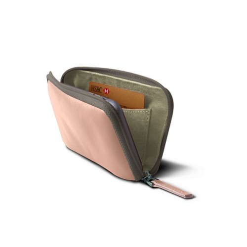 Zipped soft pouch for iPhone 7 - Nude - Smooth Leather