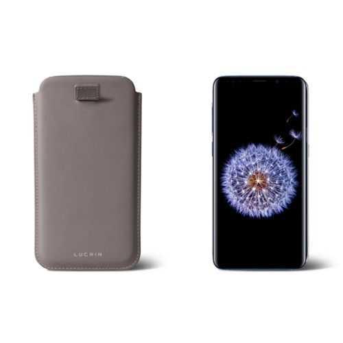 Samsung Galaxy S8+ pouch with pull-up strap - Light Taupe - Smooth Leather