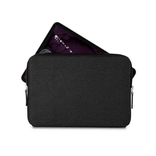 "Zipped case for iPad Pro 11"" - Black - Granulated Leather"