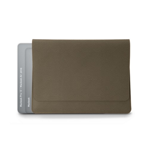 MacBook Air 2018 信封包 - 深灰褐色 - 粒面皮革