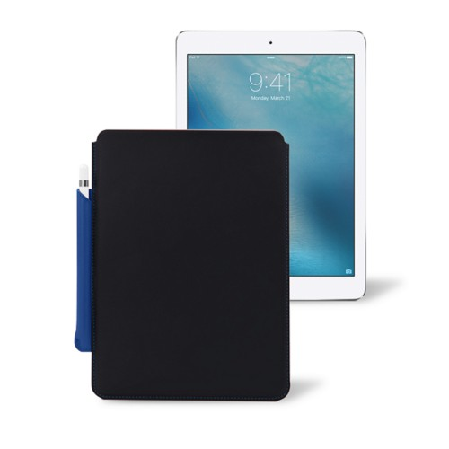 hot sale online 44a50 42518 iPad Case with Apple Pencil holder