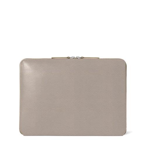 Funda con cremallera para MacBook Air 2018 - Taupe Luz - Piel Grano