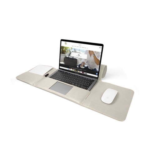 MacBook Pro Case 13-inch - Off-White - Granulated Leather