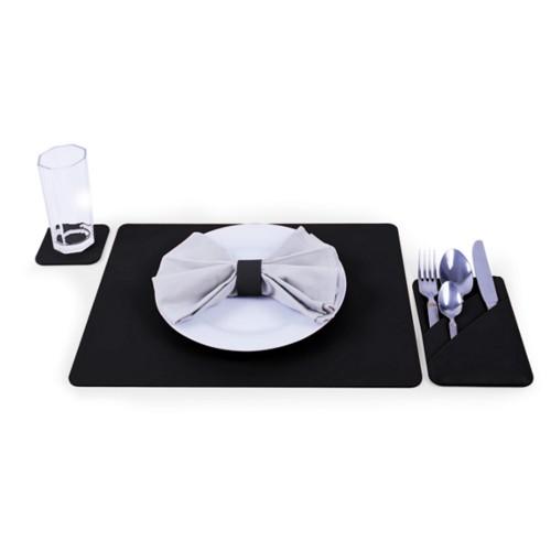 豪华餐具垫与餐具套装