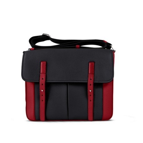 Courrier Bag - Black-Amaranto - Granulated Leather