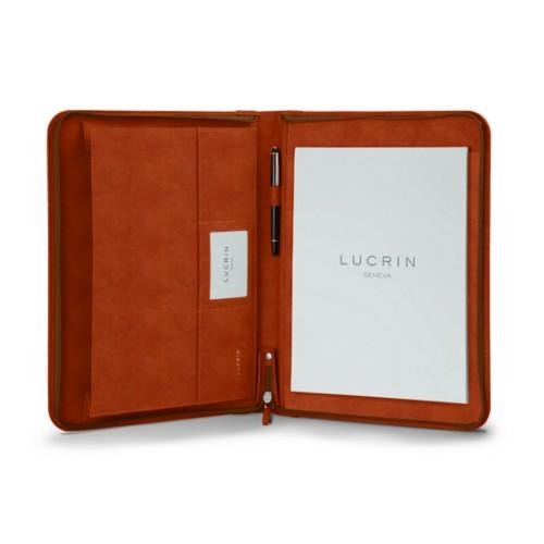 ファスナー式 A4サイズ パッドフォリオ - Tan - Vegetable Tanned Leather