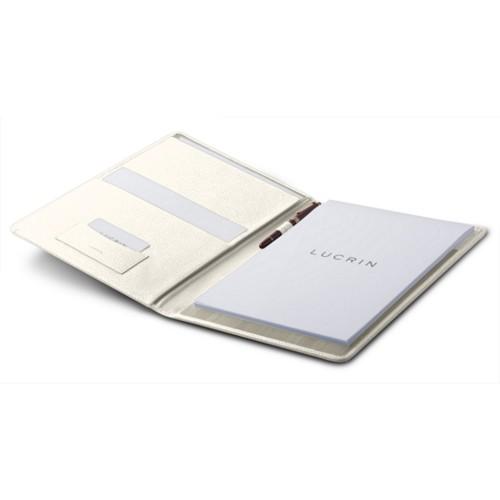 Der Alleskönner: Ob Dokumente, Visitenkarten, Kreditkarten, alles ist sofort zur Hand