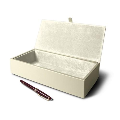 Caja rectangular de organización .