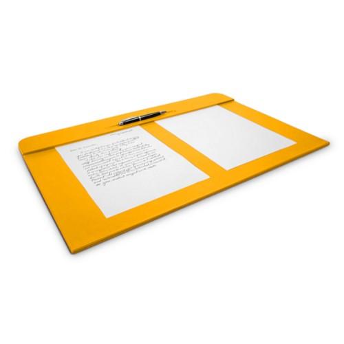 Desk pad (60 x 40 cm) - Sun Yellow - Smooth Leather