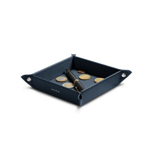 Small square catchall (6.3 x 6.3 x 1.2 inches)