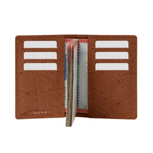 Porta pasaporte con tajetero a ambos lados