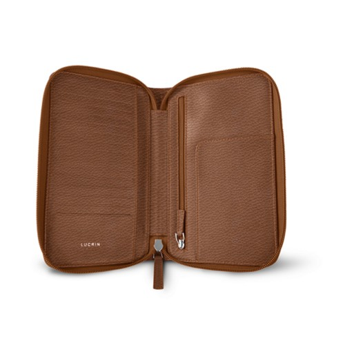 Zipped travel wallet - Tan - Granulated Leather