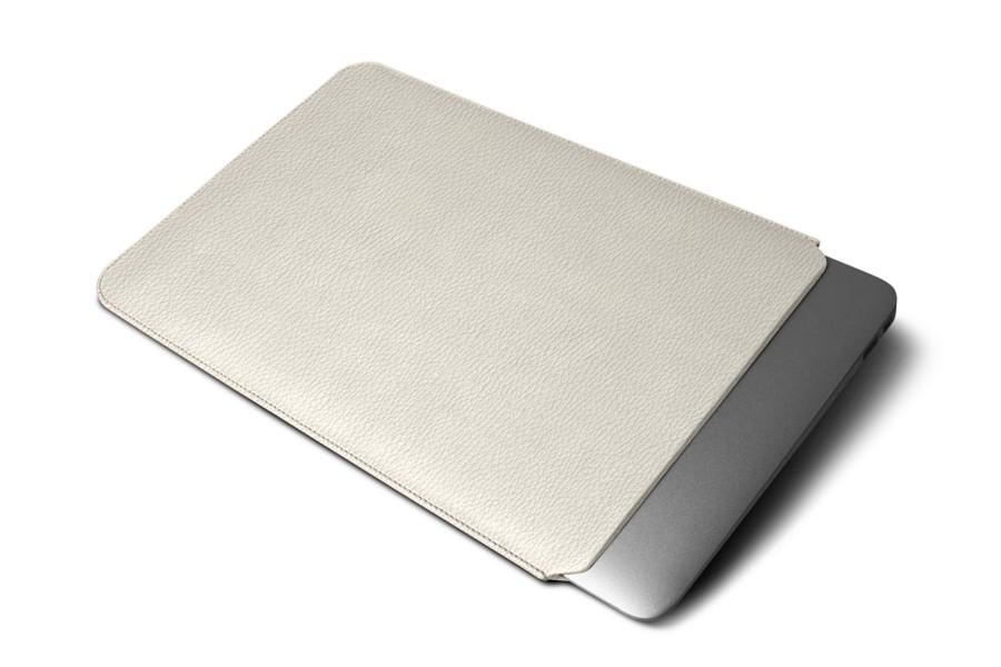 Housse macbook air 13 pouces blanc cass cuir grain for Housse macbook air 13 pouces