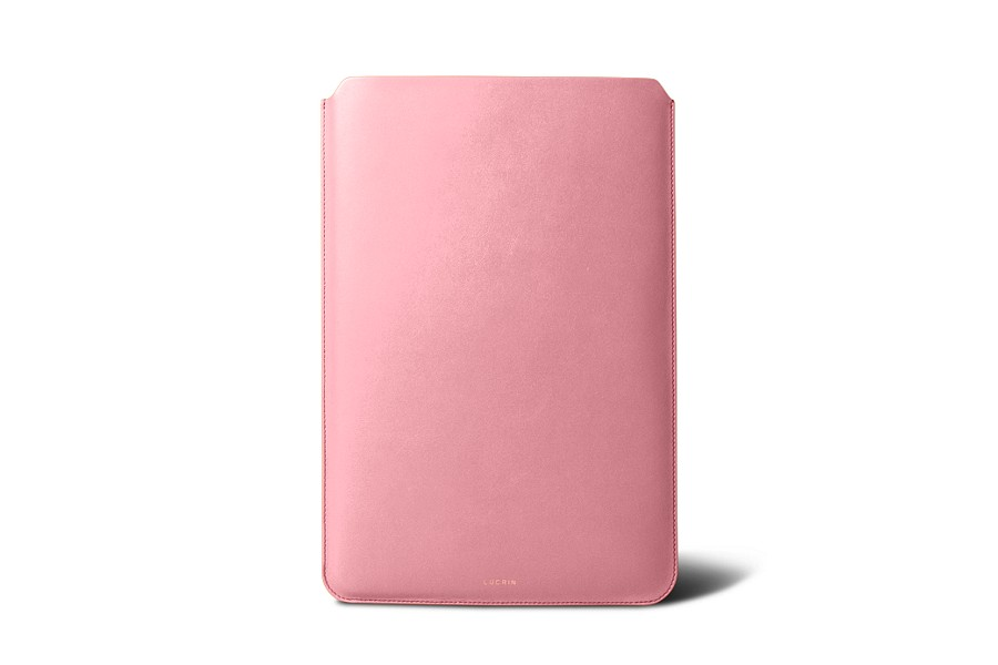 Housse macbook air 13 pouces rose cuir lisse for Housse macbook 13