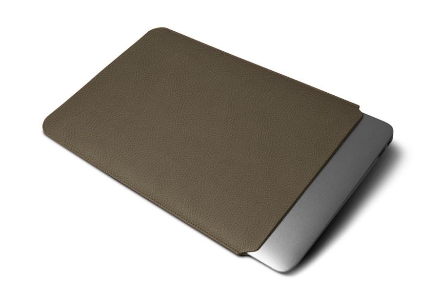 Housse macbook air 11 pouces taupe fonc cuir grain for Housse macbook air 11 pouces