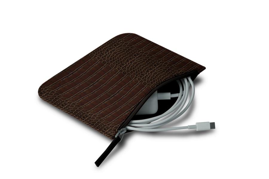 pochette chargeur pour apple marron fonc veau fa on. Black Bedroom Furniture Sets. Home Design Ideas