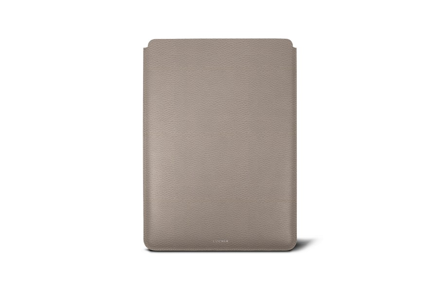 Housse macbook pro 13 touch bar 2016 taupe clair for Housse cuir macbook pro 13