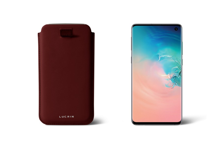 Samsung Galaxy S8 case with pull-up strap