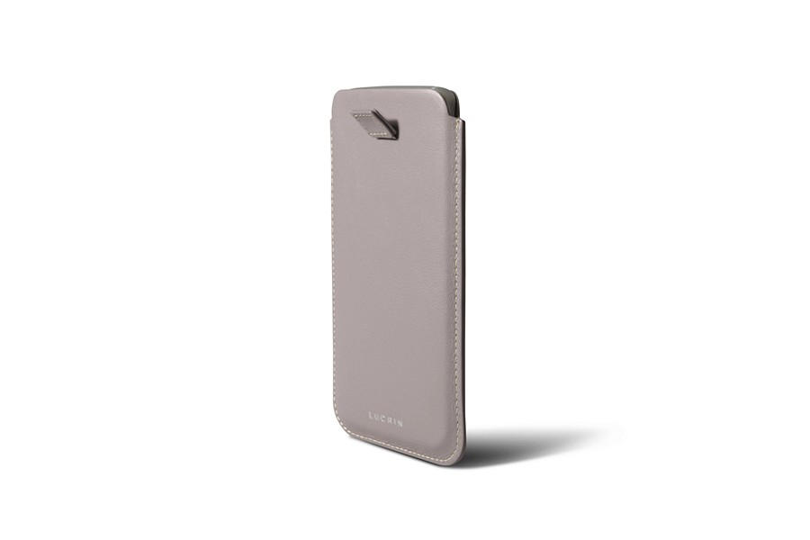 Samsung Galaxy S7 edge/S8 case with pull-up strap