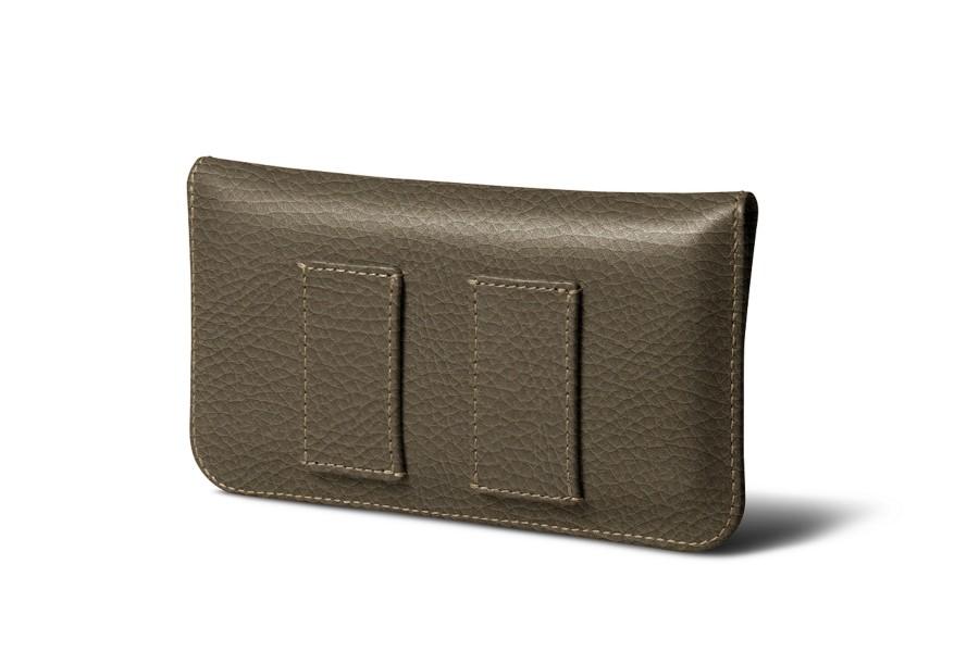 tui ceinture iphone se 5 5s taupe fonc cuir grain apple. Black Bedroom Furniture Sets. Home Design Ideas