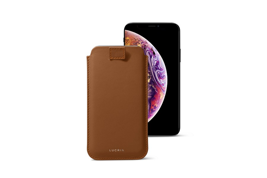 iPhone XS Case with pull tab