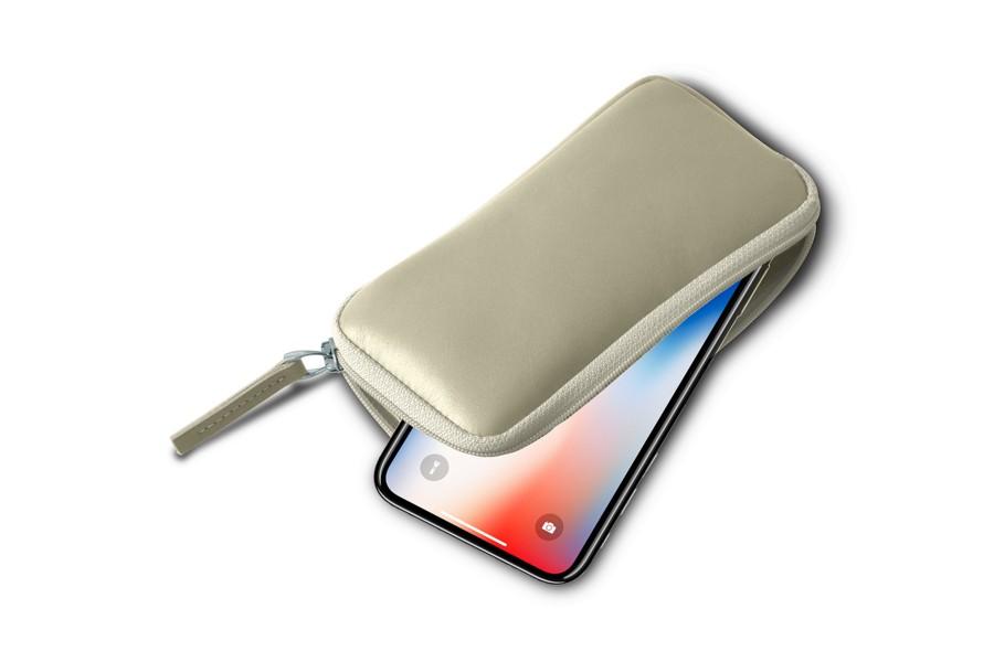 Housse zipp e iphone x blanc cass cuir lisse iphone for Housse zippee