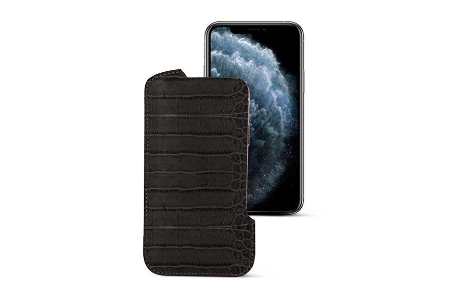 iPhone X pouch