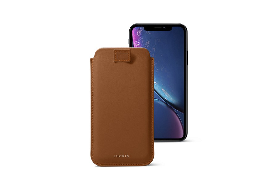 Funda con lengüeta pull-up para iPhone XR