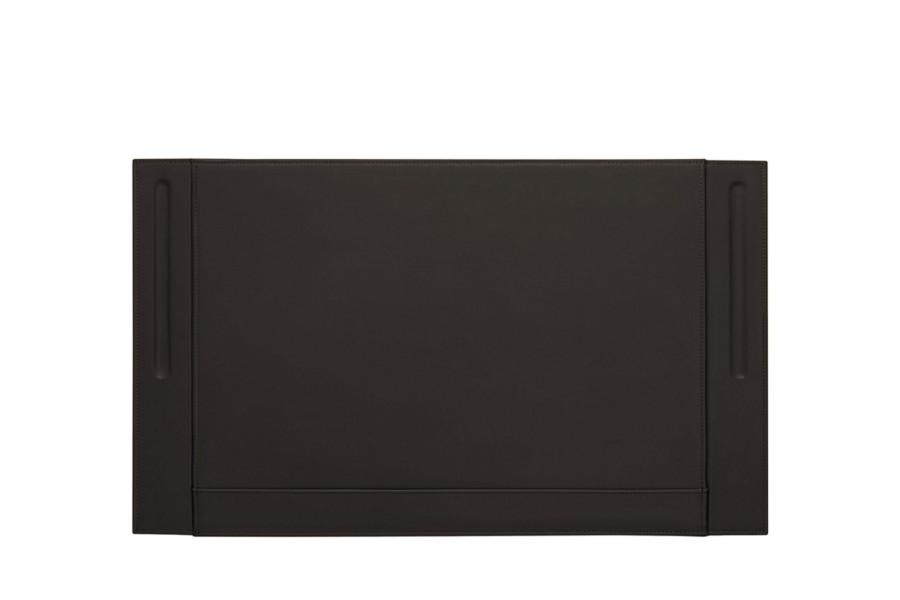 leder schreibtischunterlage mit zwei stifthalterungen dunkelbraun glattleder. Black Bedroom Furniture Sets. Home Design Ideas