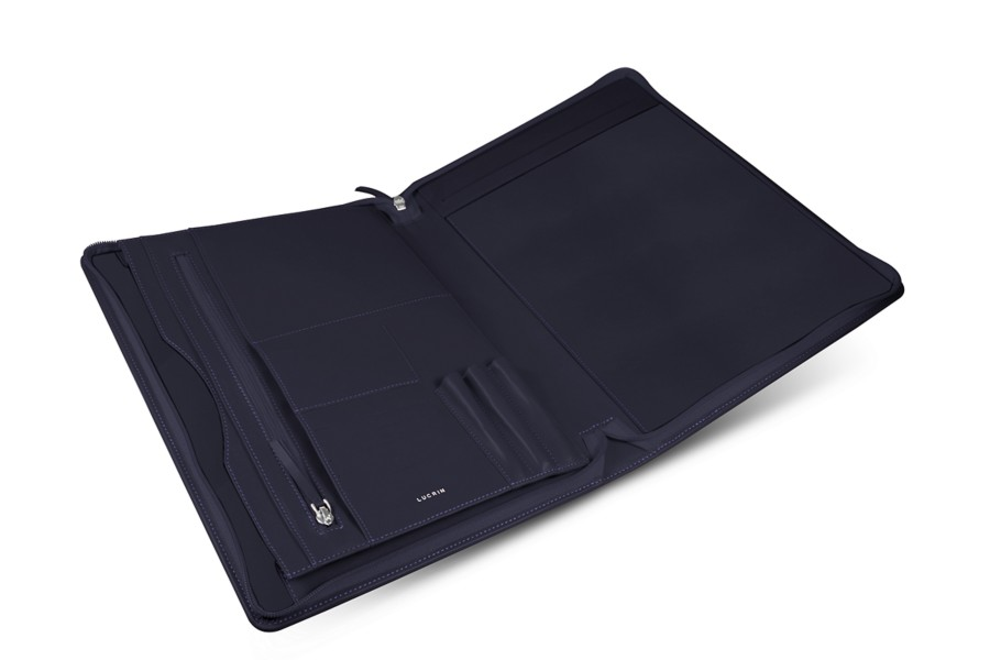 Zip-Up A4/US letter document holder