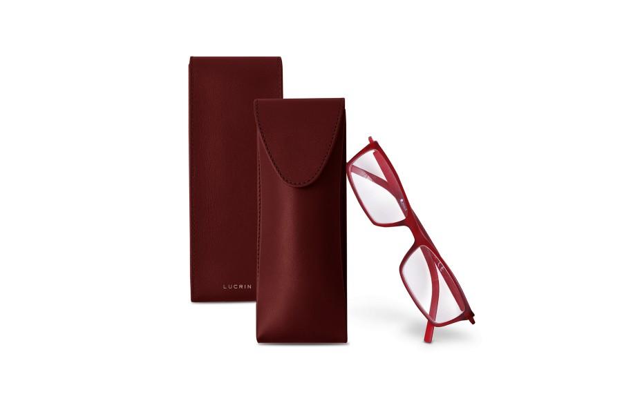 Thin glasses case