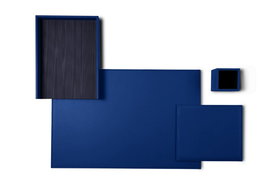 parure de bureau platinum edition bleu roi cuir lisse sets de bureau bureau. Black Bedroom Furniture Sets. Home Design Ideas